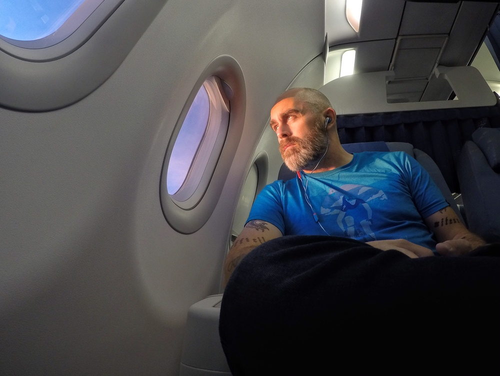 Fly a ton, tipyour flight attendant, andbe anall-around courteous person. Before longyou'll bein the sweetseats watching thesunset bathe your beard in goldenrays of majesty.