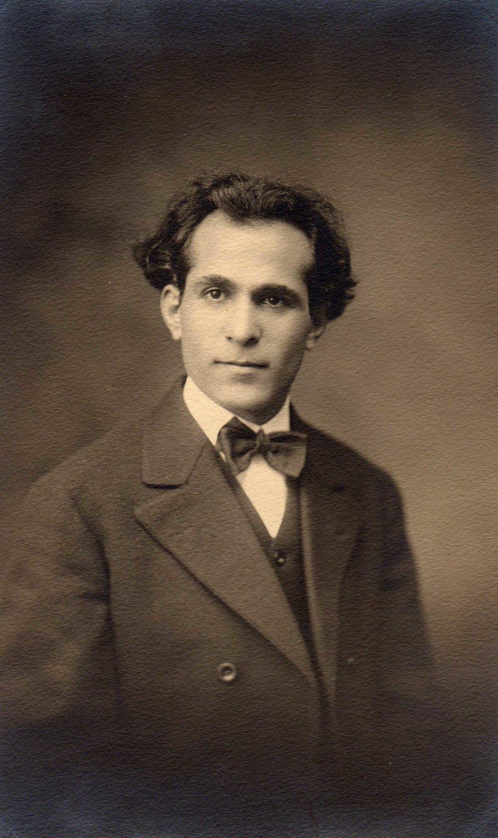 1913 Baba Mooshell David.jpg