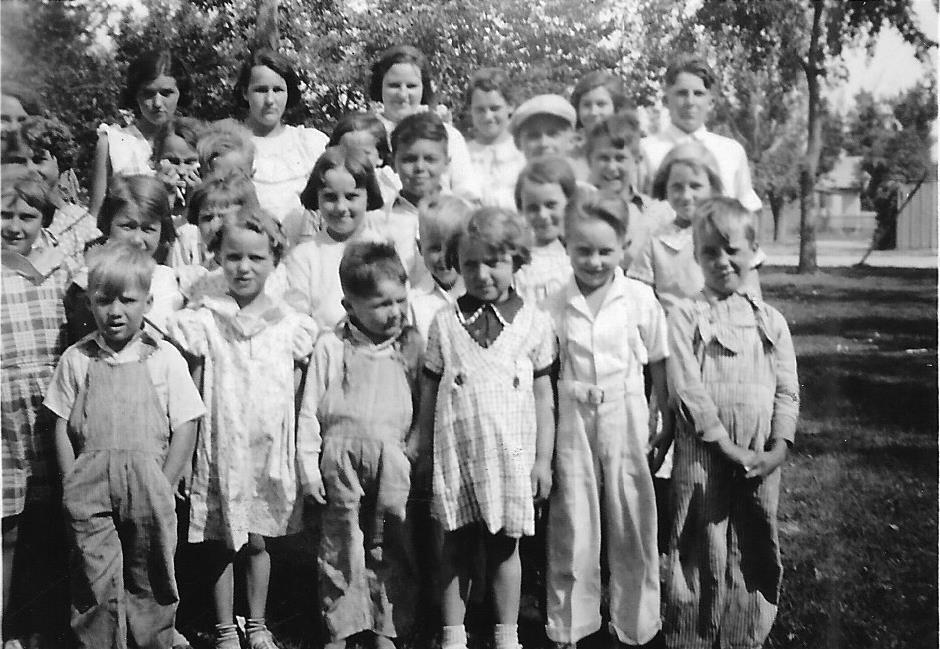 1935 Childrens Church - 1935.jpg