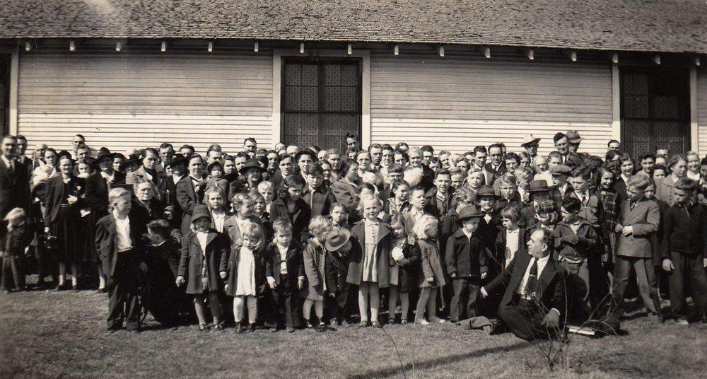 Circa 1938 Pastor BM David, Congregation (2).jpg