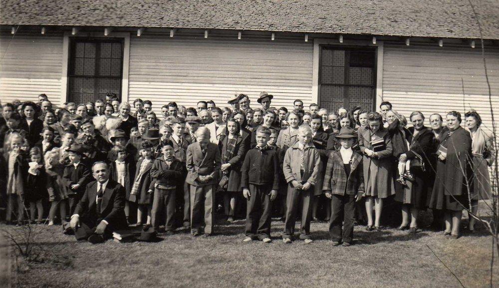 Circa 1938 Pastor BM David, Congregation.jpg