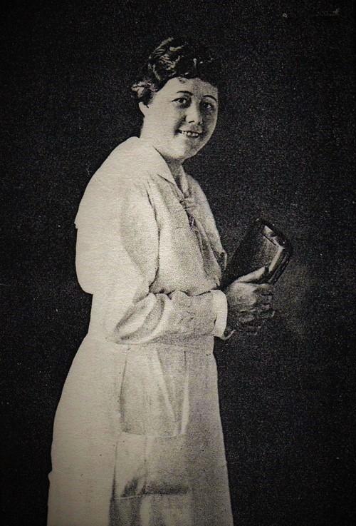 Mattie Crawford, 1922