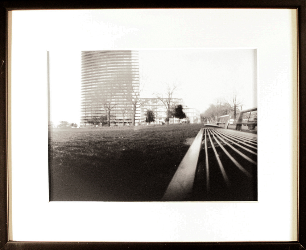 - PARK  IIBruxellesPinhole picture, 18x24cm print in a 33x43cm frame150 €