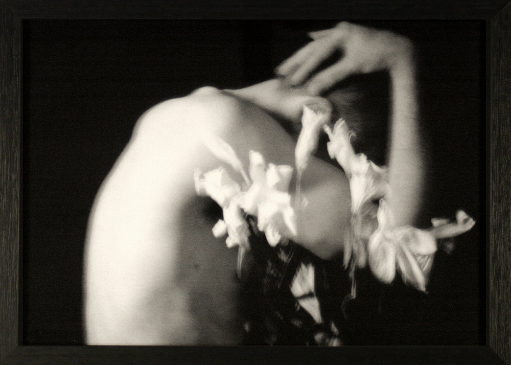 - Fragile  -  Thierry IMultiple exposure, black & white 20x30 cm print from Pack 100 Polaroid negative, in 32x23 cm wooden frame with protective glass.Limited edition170 €