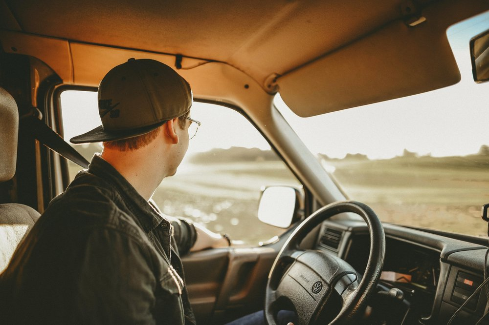 Monitor safe driving of your fleet vehicles with GPS