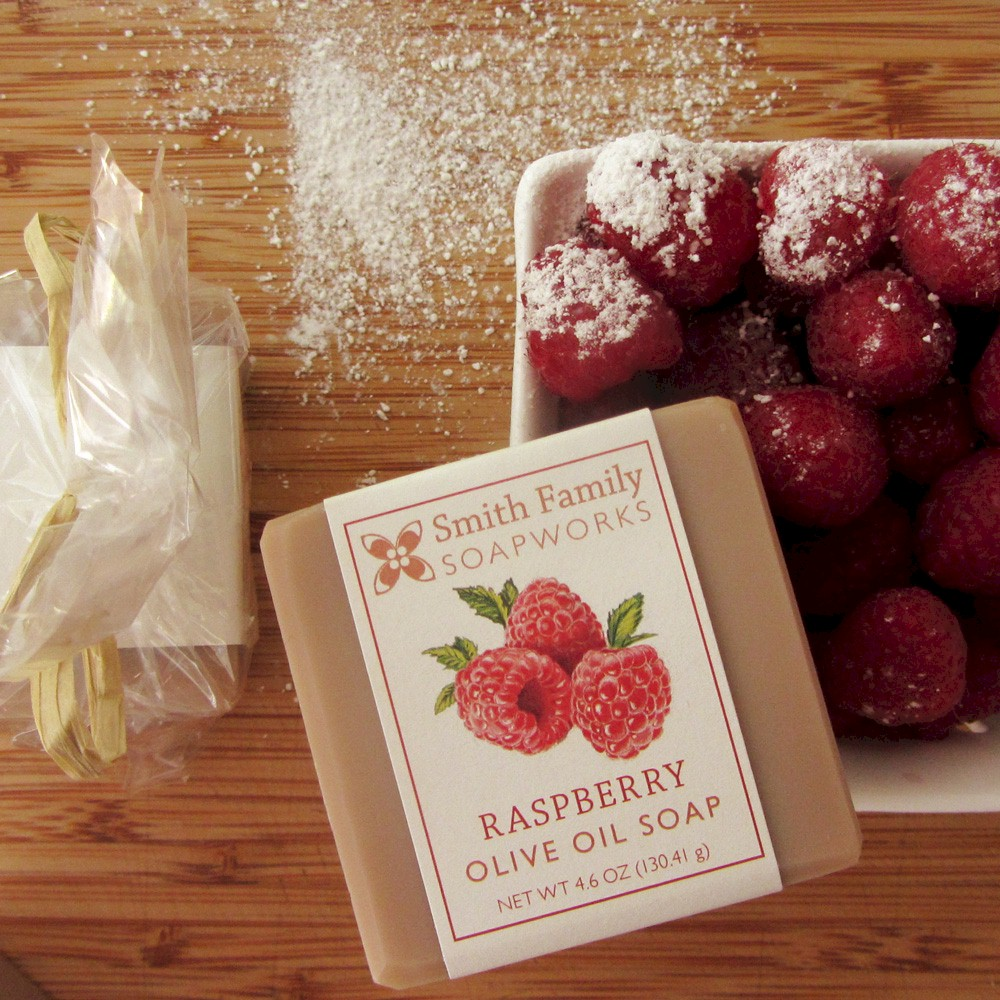 Raspberry Soap 3 March 2015.jpg