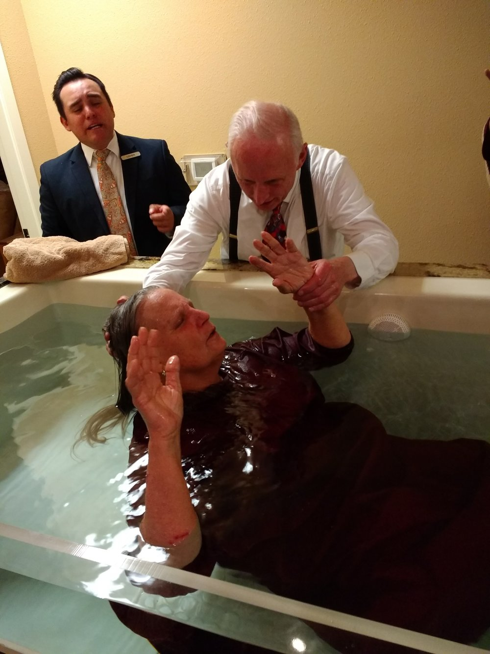Glenda receiving the Holy Ghost