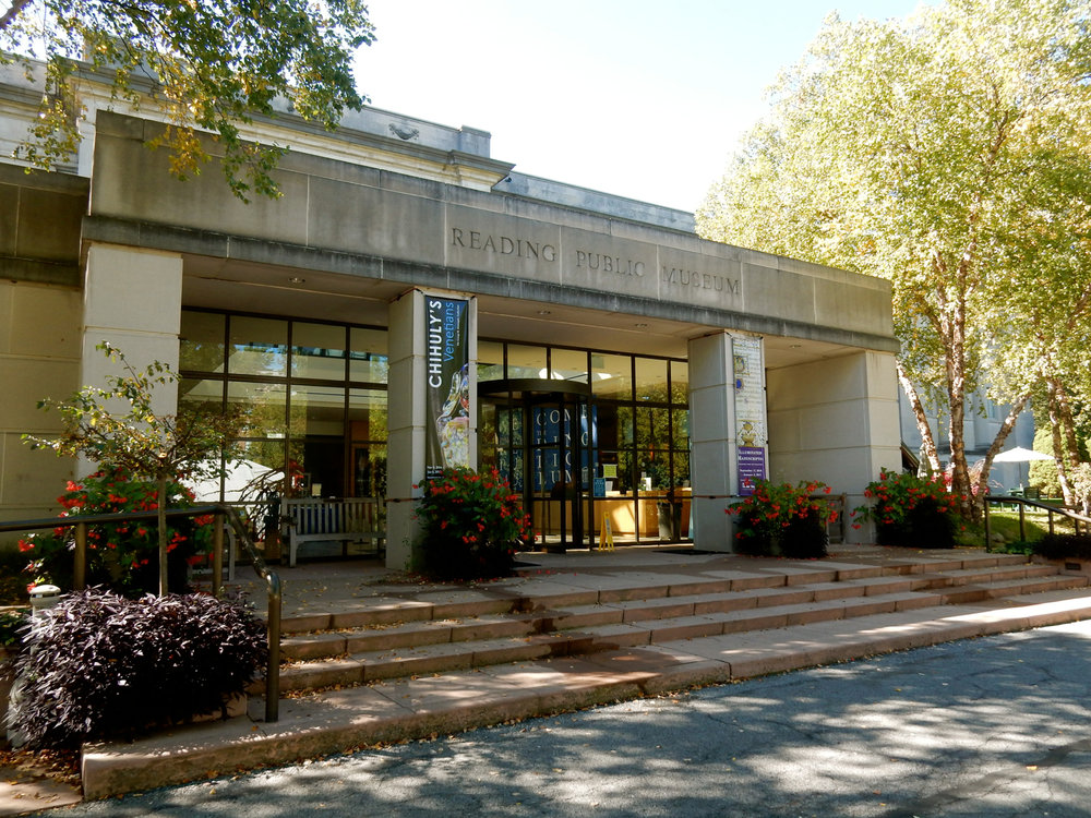 FRONT ENTRANCE OF THE READING PUBLIC MUSEUM