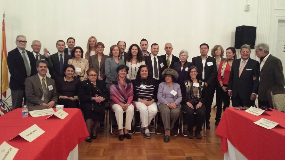 Representantes de las asociaciones españolas en el congreso de ALDEEU. Sonia Franco y Susana Martínez por ECUSA.