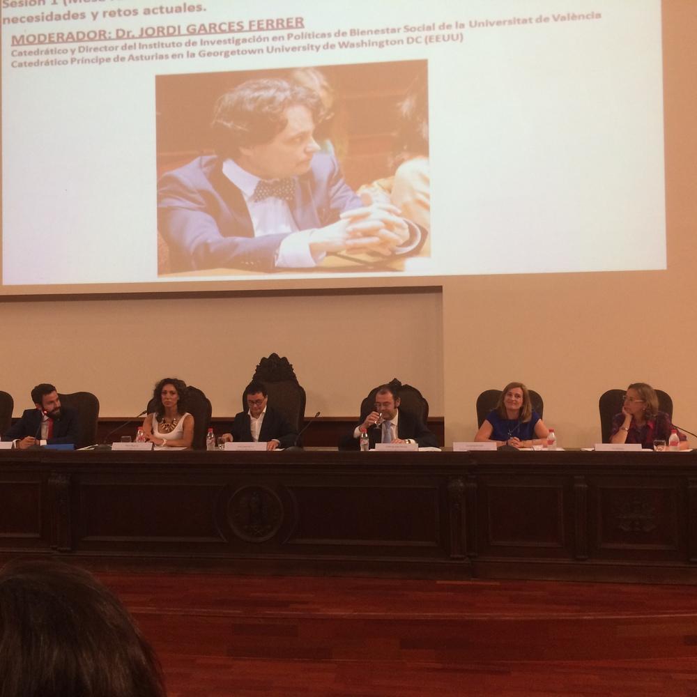 Mesa 2: Representantes de las 5 universidades participantes en el programa IMP 2014-2015.