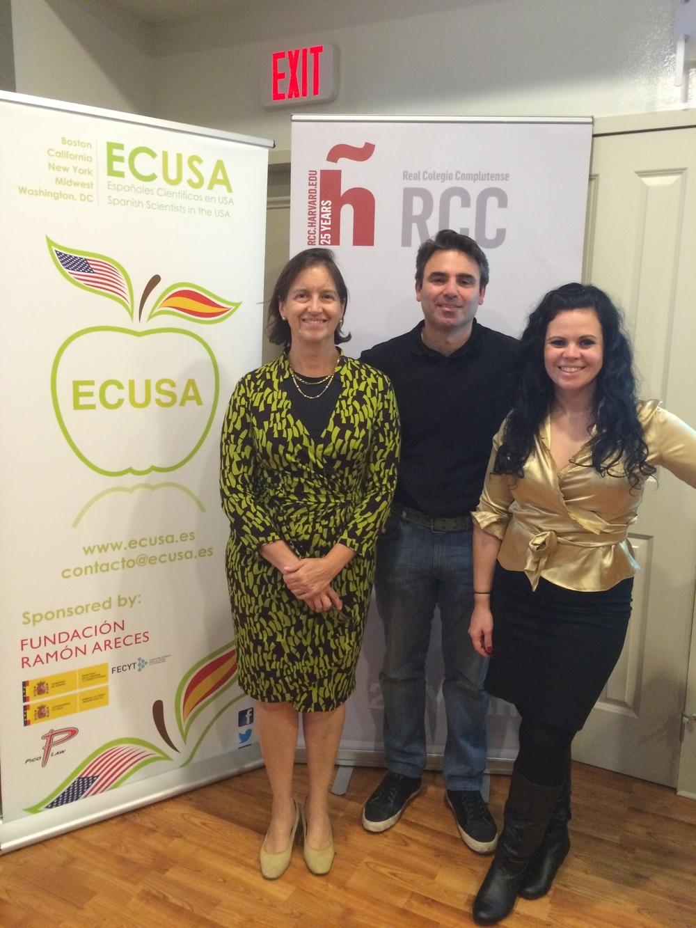 Dra Mariana Castells con dos de los miembros de la junta de ECUSA-Boston, Luis Olmos y María Soriano Carot.