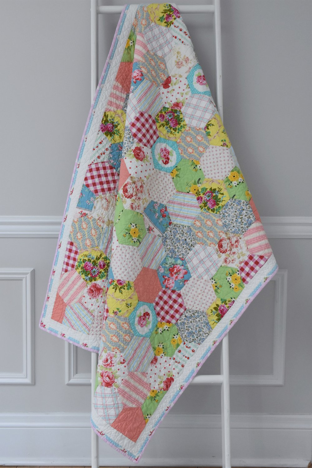 hexagon quilt 2.jpg