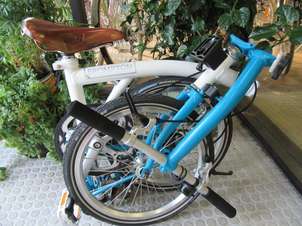 brompton-folding-bike-Chicago.jpeg