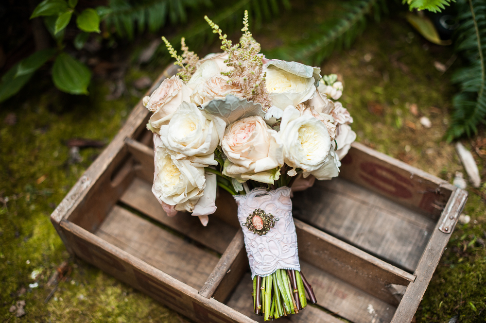 Willows Lodge  wedding flowers September Studio 3 Floral Design