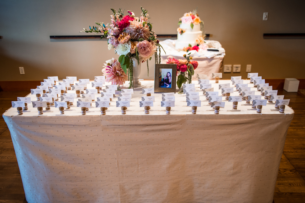 Willows Lodge Escort card table - Studio 3 Floral Design