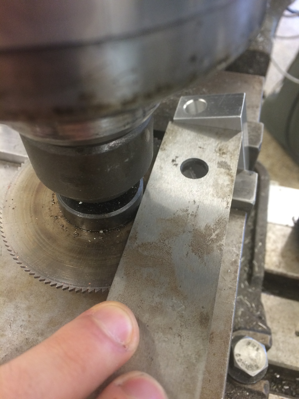 Making sure the fixture for the milling cutter wont crash into the work