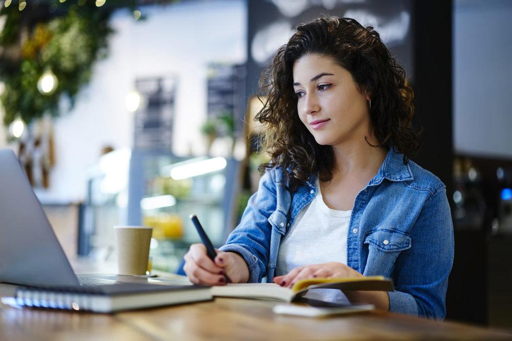 Choosing Your Common App Essay Topic.jpg
