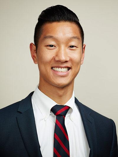 Joseph Lee, M.D. / Admissions Consultant  B.A., Northwestern | M.D., Rush