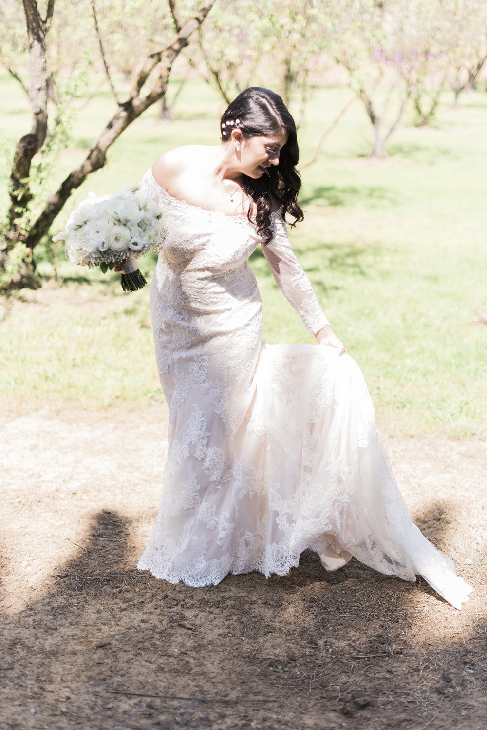 portrait-of-the-bride-in-a-tree-orchard.jpg