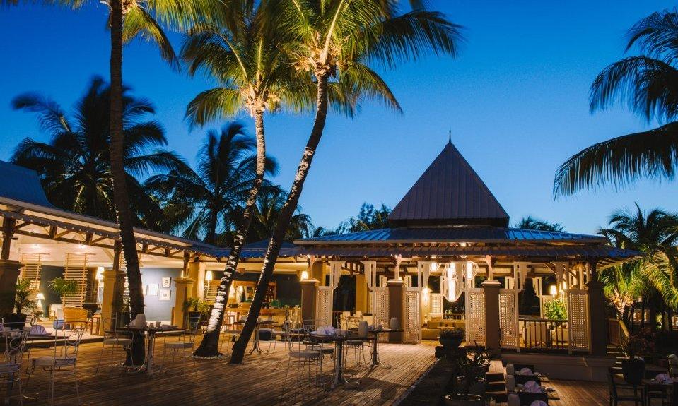 Paradise Cove Mauritius f.jpg