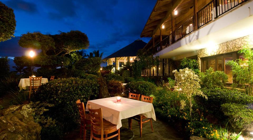 Hotel Wailea - Dining - Exterior