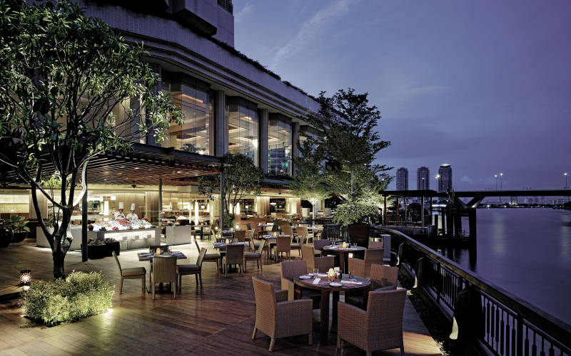 Shangri La Bagkok - River side hotel