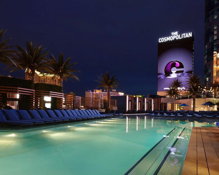 Cosmopolitan - Boulevard Pool