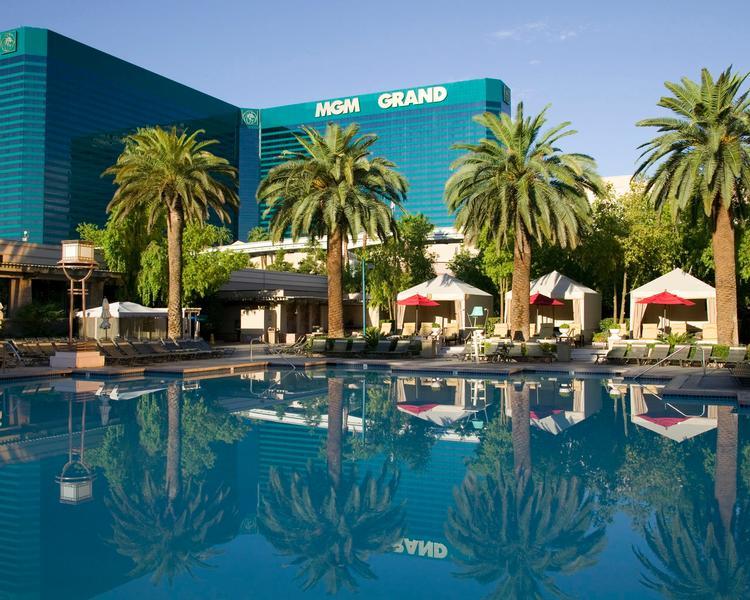 MGM Grand - Pool Complex