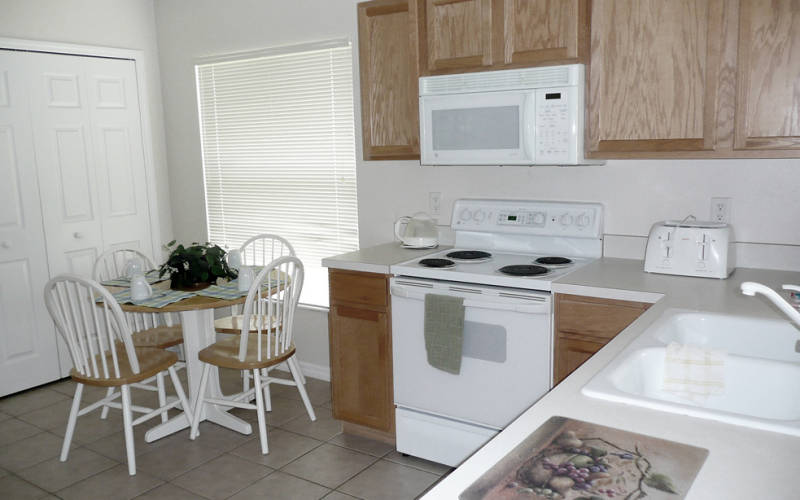 orlando-private-select-homes-Kitchen.jpg