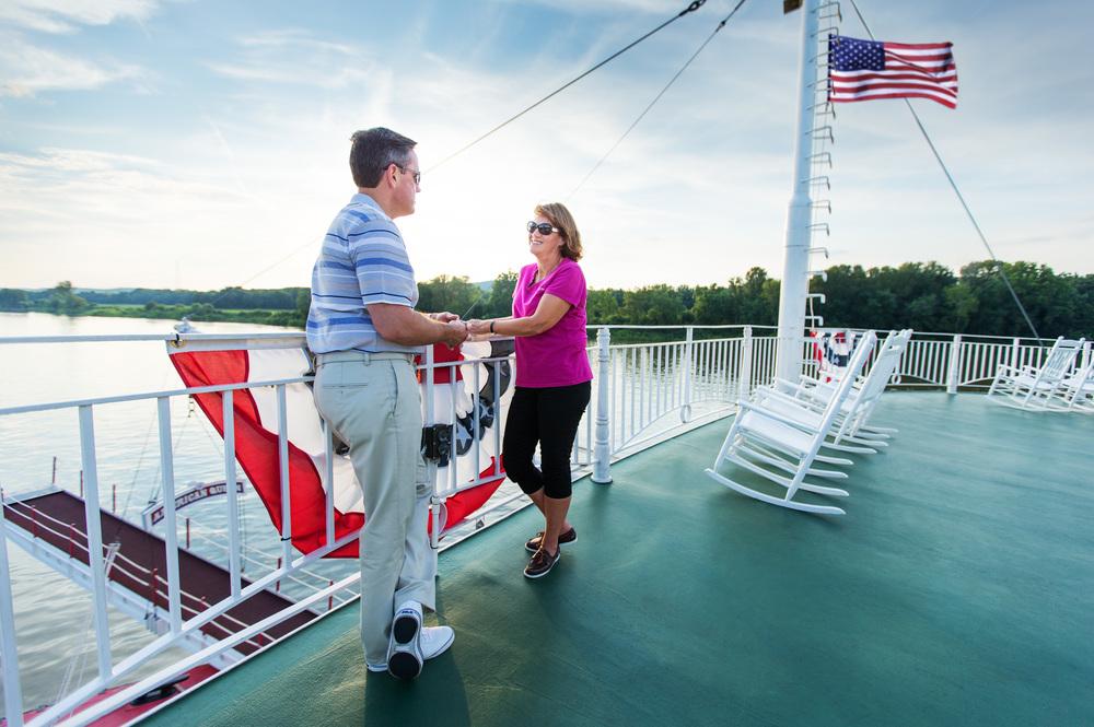 american-river-cruises-american-queen.jpg