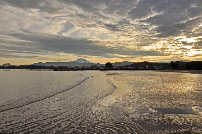 kinabalu-sunrise-1245882.jpg
