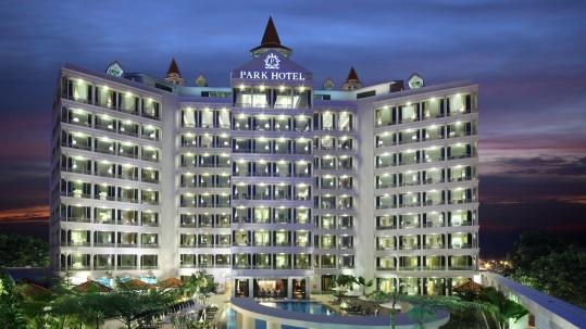 Park Hotel Clarke Quay 1.jpg