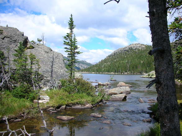 mills-lake-rocky-mtn-nat-park-1312717.jpg