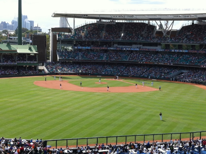 The Arizone Diamondbacks and Los Angeles Dodgers opened the 2014 MLB season at the Sydney Cricket Ground. (Photo (Creative Commons - Some Rights Reserved) by Simon_sees/flickr)