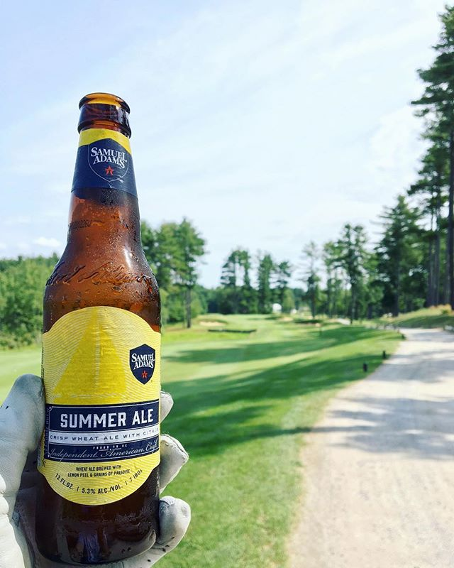 ⛳️🍻 #celebrateeveryday #golf #saturday #alcohol #alcoholdelivery #minibardelivery #happyhour #beer #wine #liquor #celebrate #liqpic #cocktails #cocktailporn
