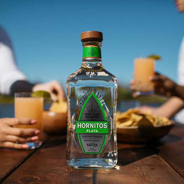 When it's #TacoTuesday and  #NationalTequilaDay there's no excuse not to celebrate 🌮🍹 @hornitostequila  #tuesday #celebrateeveryday #alcohol #alcoholdelivery #minibardelivery #celebrate #cheers #happyhour #happy #nyc #newyork #tacos #tequila #wine #liquor #beer #hornitos #liqpic #cocktails #cocktailporn