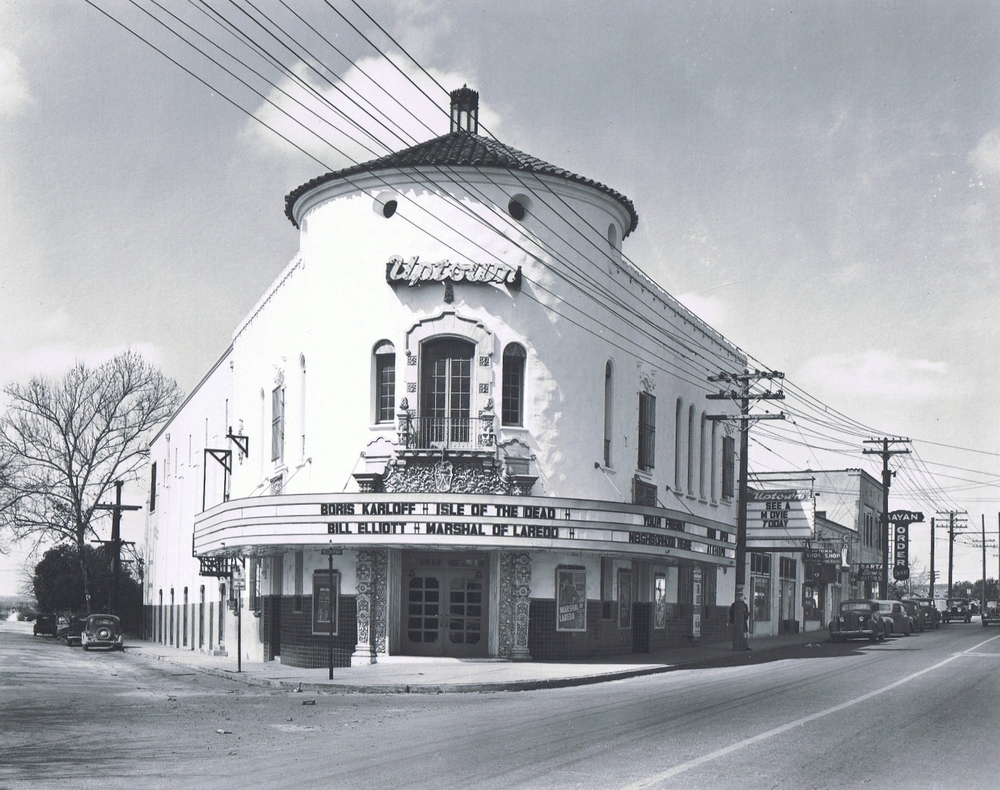 Historic_Uptown_Theater.jpg