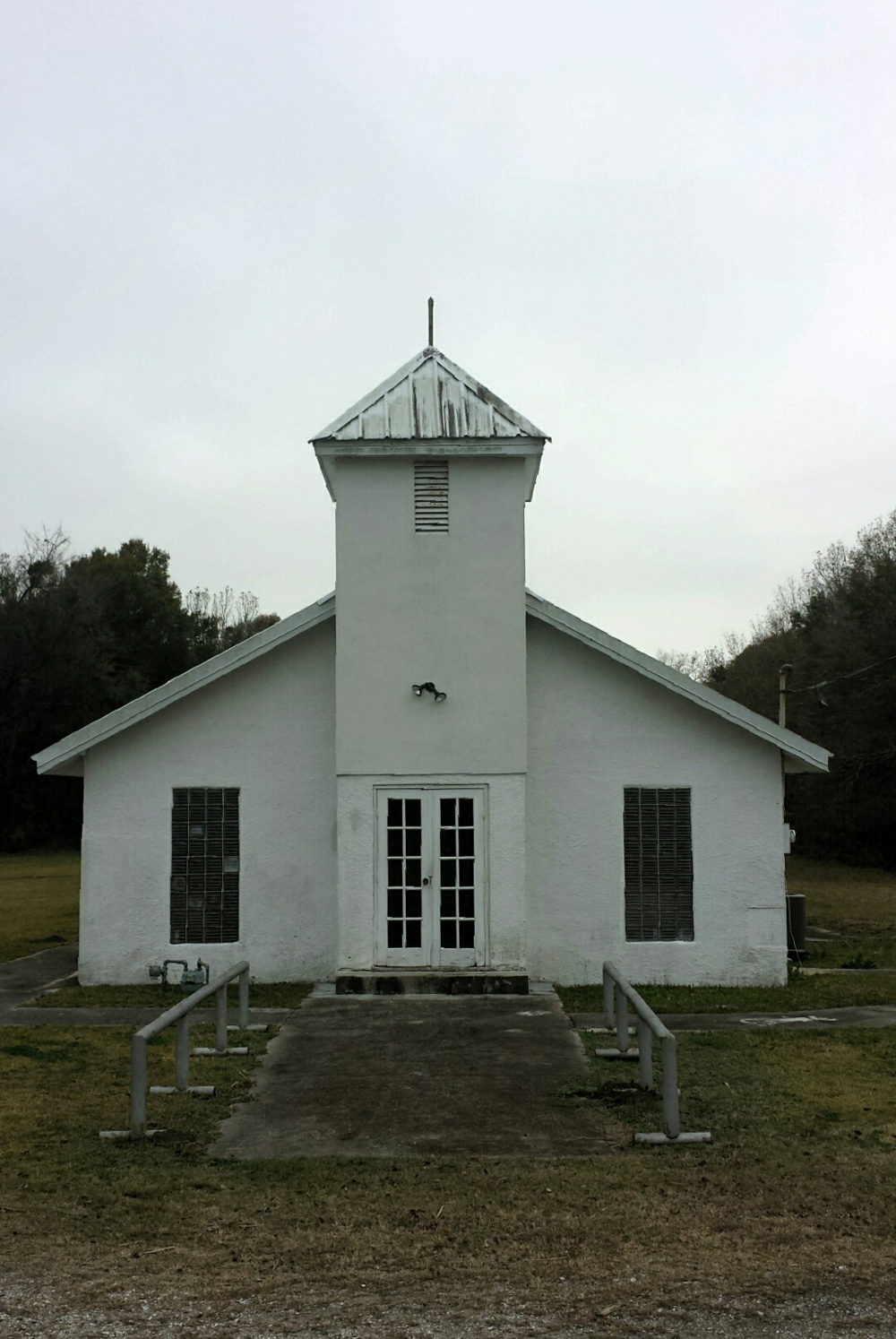 Methodist church, gibson, LA.  Photograph by lisa Qualls.