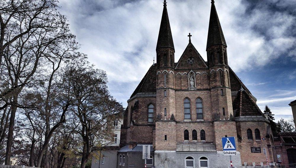 bogl.church.jpg