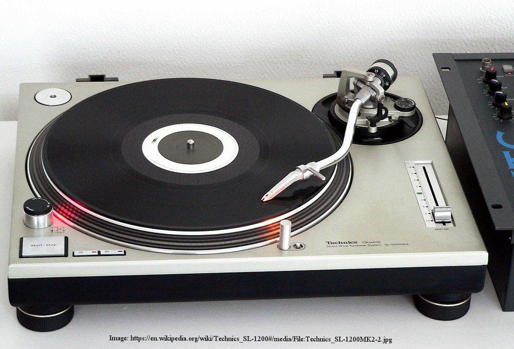 1280px-Technics_SL-1200MK2-2.jpg