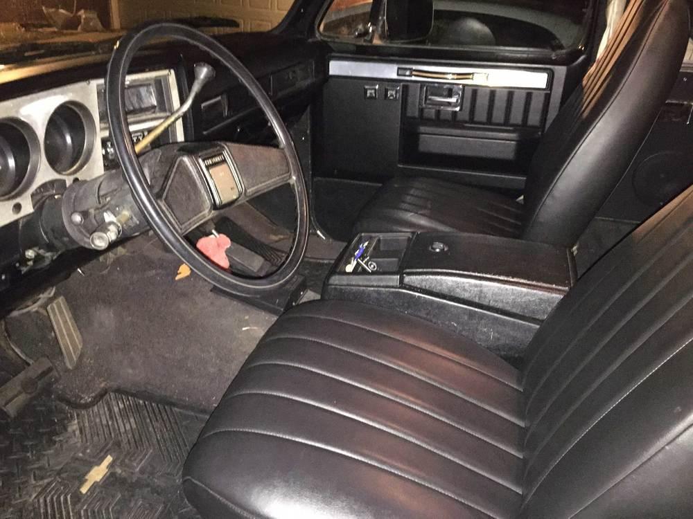1986-Chevy-K5-Blazer---2.jpg