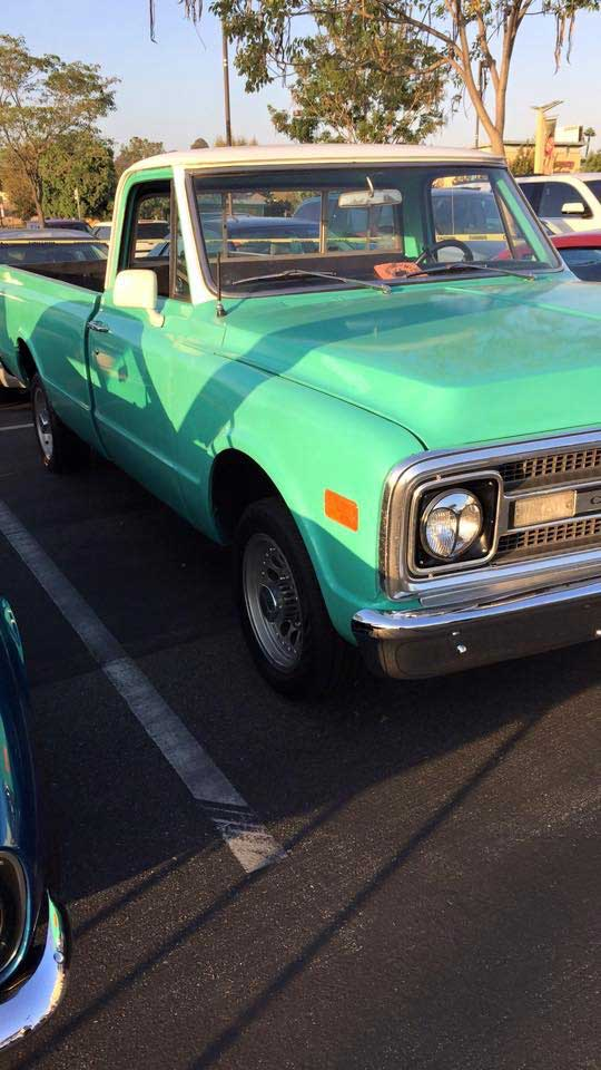 1969-Chevy-C20-front.jpg