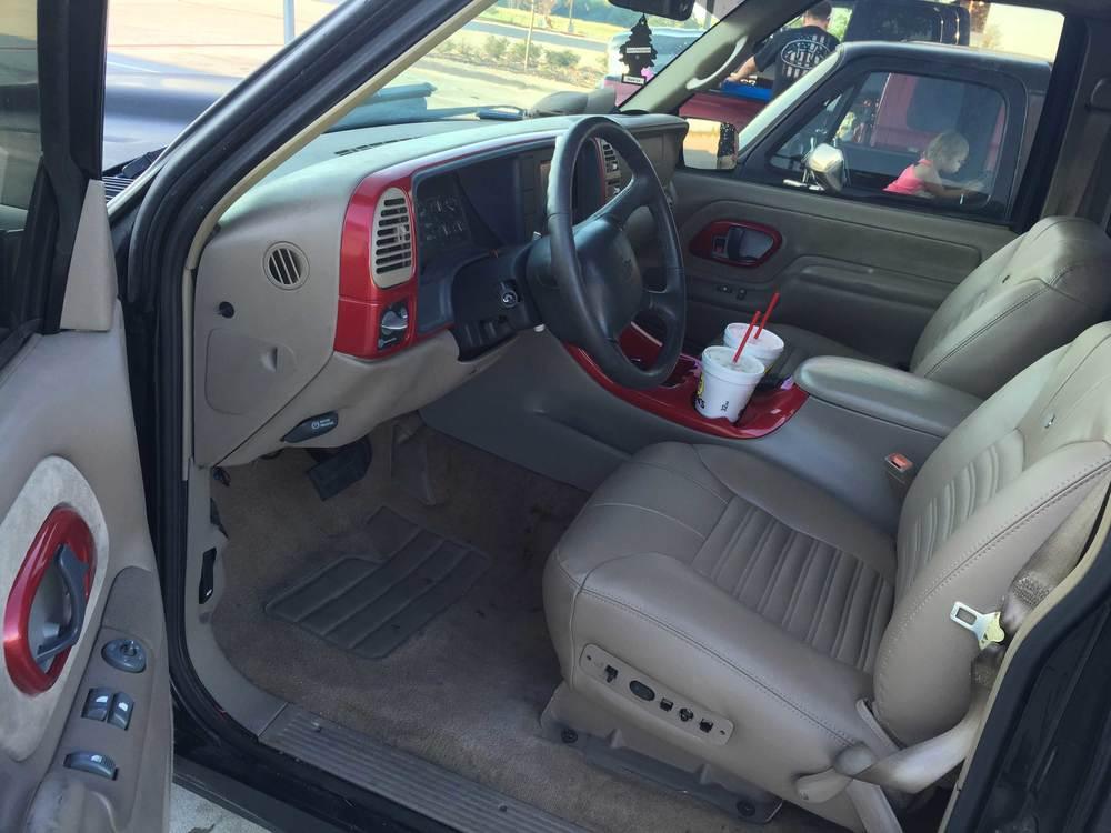 1998-Chevy-C1500-interior.jpg