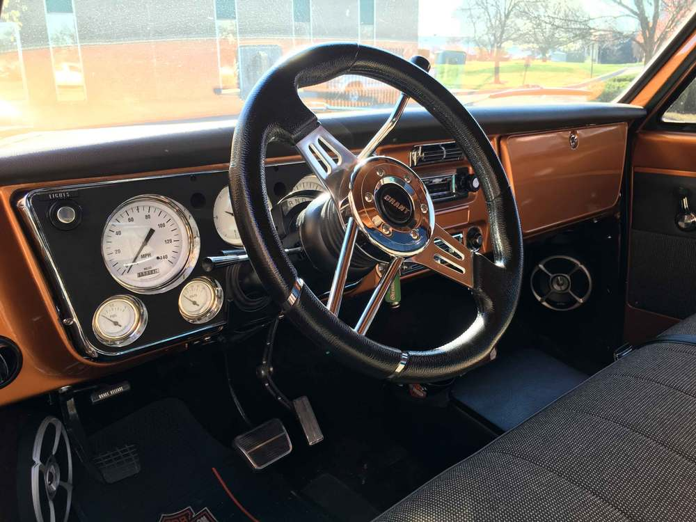 1968-Chevrolet-C10-Dash-&-Steering-Wheel.jpg