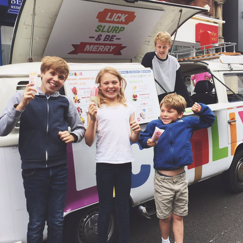 LICKALIX lollies keep everyone smiling!