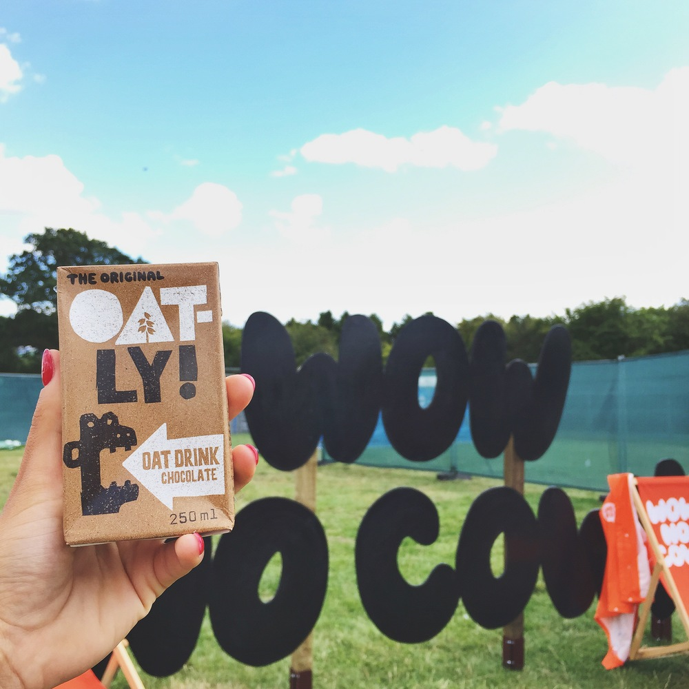 They even had this delicious vegan chocolate milk from  Oat-ly ! LICKALIX approves :)