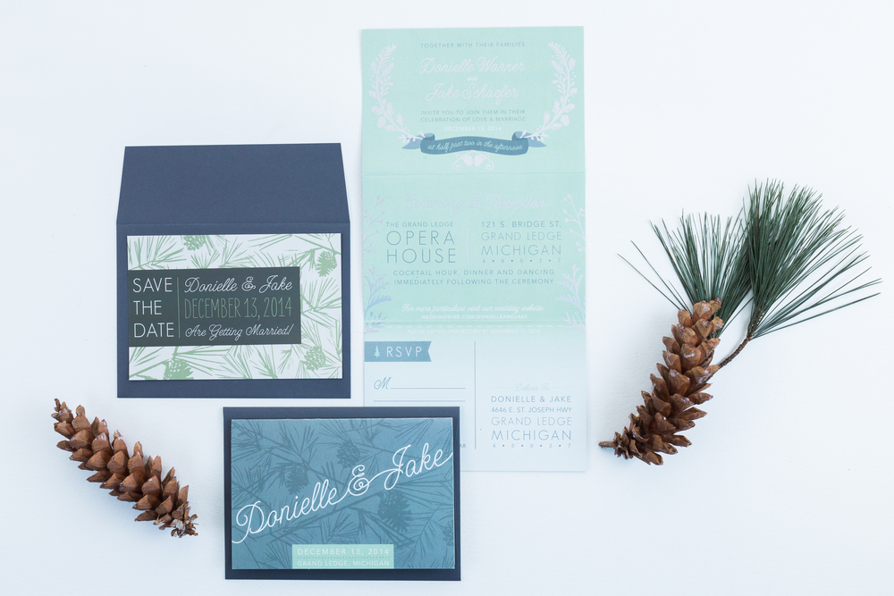winter-wedding-invitation-pine-evergreen