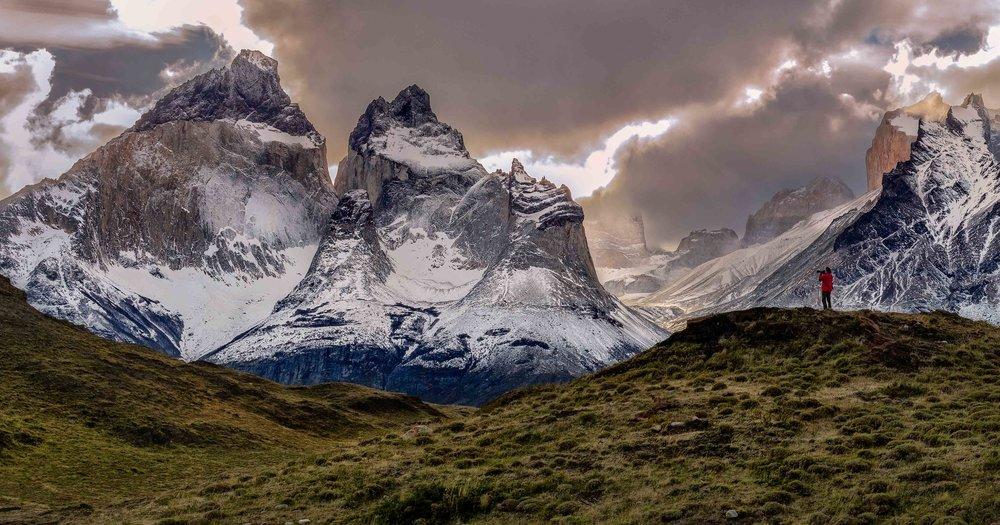 20180423_easter_island_&_patagonia_4484-Edit-Edit.jpg