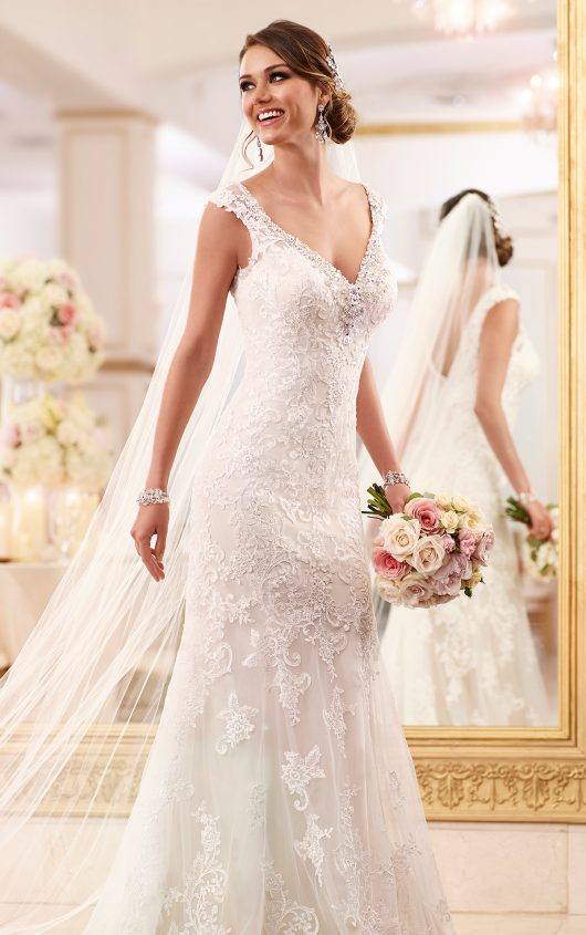 f77292e5f3 Barefoot Gowns ~ Size 20 -30 — The Barefoot Bride