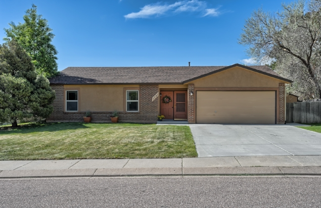 SOLD // $262,000  EYRIE DRIVE  PINON VALLEY